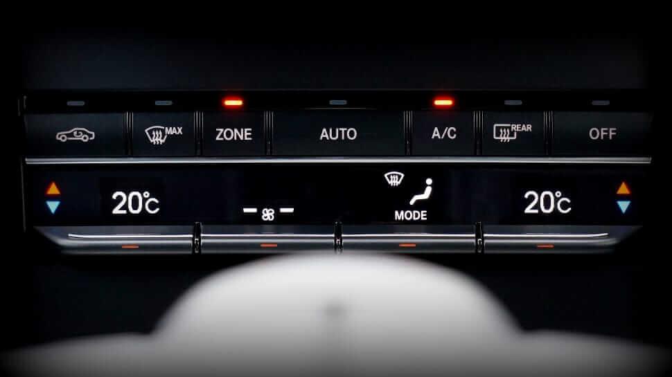 Recarga de aire acondicionado para automóvil. Cuándo hacerlo y coste